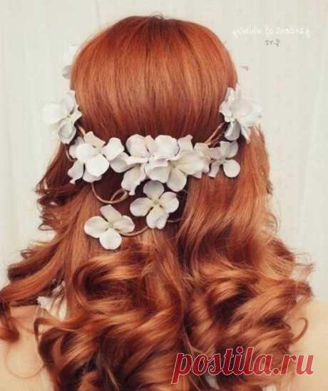 «Прически с цветами на свадьбу рыжие волосы» — карточка пользователя Виктория Т. в Яндекс.Коллекциях