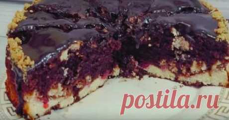 Шоколадный пирог с творогом и вишней: буквально тает во рту - Вкусные рецепты - медиаплатформа МирТесен Шоколадный пирог с творогом и вишней по вкусу напоминает ягодный брауни. Он получается невероятно нежным и насыщенным, а выглядит действительно аппетитно и нарядно. Несмотря на то, что, на первый взгляд, готовить шоколадный пирог сложно, результат действительно превосходит все ожидания. Каждый...