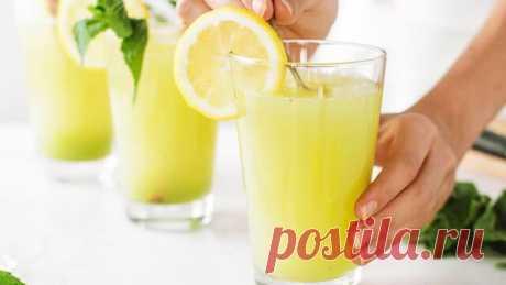 Вы точно захотите приготовить все! Три вкуснейших лимонада за 5 минут Лимонад без варки за 5 минут. В жаркий летний день хочется утолить жажду вкусным полезным лимонадом. Три потрясающих напитка, которые нравятся всем. Напишите в комментариях, какой из этих лимонадов вы уже пробовали, а какой непременно приготовите. Всем чудесного незабываемого...
