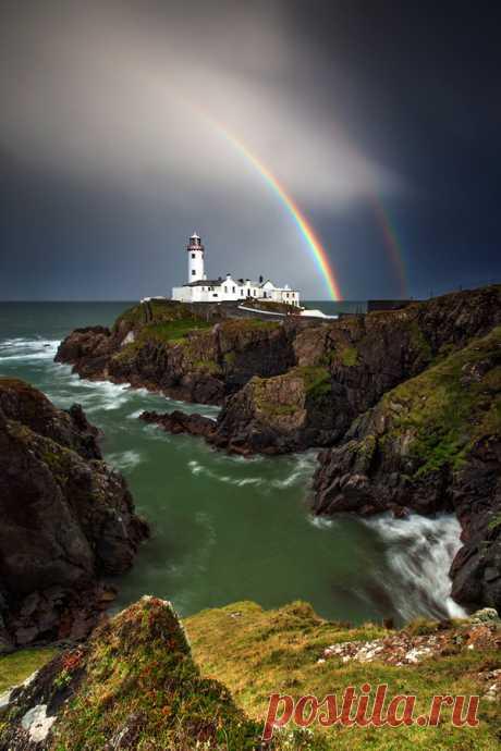 "travelingcolors:\u000d\u000a\"" Rainbows End, Donegal | Ireland (by Stephen Emerson)\u000d\u000a\"""