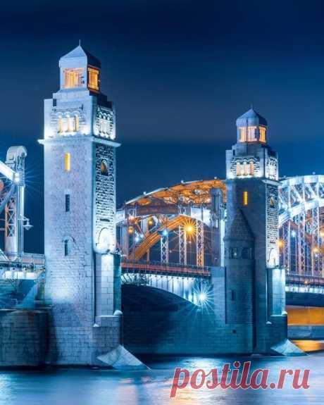 Сказочный Большеохтинский мост