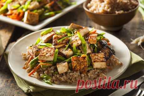 Рис с тофу и овощами | Vegetarian.ru