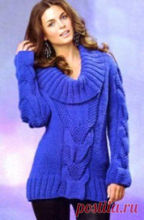 Вязаный пуловер в стиле 80-х. Крупные косы из лицевой глади и жемчужного узора в центре и на рукавах. Роскошный воротник завершает образ.