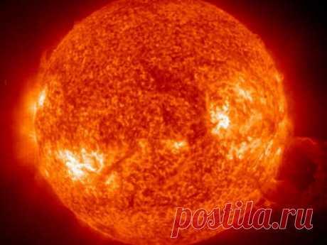 Снижение солнечной активности: какие испытания ждут нас вбудущем Солнце невсегда имеет одинаковые показатель активности. Обэтом говорят нетолько магнитные бури. Напротяжении всей истории астрономы стараются узнать больше отом, что ждет Солнце вбудущем.