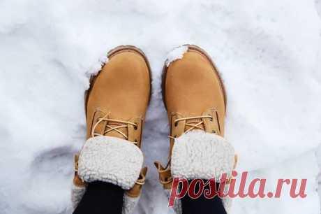 7 лайфхаков для зимней обуви, чтобы не скользить Приходит зима с ее колебаниями температур, скользкими улочками и тротуарами. Поэтому каждый из нас ищет действенный способ сделать свою обувь менее скользкой. Мы предлагаем вам 7 простых, но достаточн...