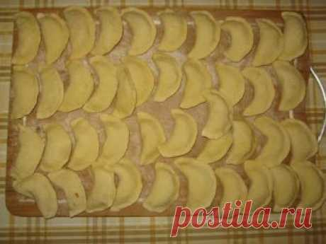 Tasty cabbage pelmeni: 3 recipes with forcemeat and without - At us so