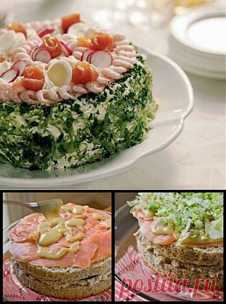 Рецепт Бутербродный торт с копченым лососем и муссом из сельди с фото в домашних условиях