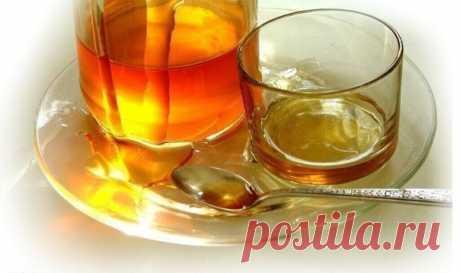 Медовая вода изгонит паразитов, поможет похудеть и многое другое Одну чайную ложку меда развести в стакане сырой воды. Получаем 30% раствор меда, который по составу идентичен плазме крови. Мед в сырой воде формирует кластерные связи (структурирует ее). Это повышает её целебные свойства. Медовая вода усваивается организмом быстро и полностью. Эффект медовой воды Нормализуется пищеварение. Улучшается работа всех звеньев ЖКТ. Повышается иммунитет. Проходят хронические насморк...