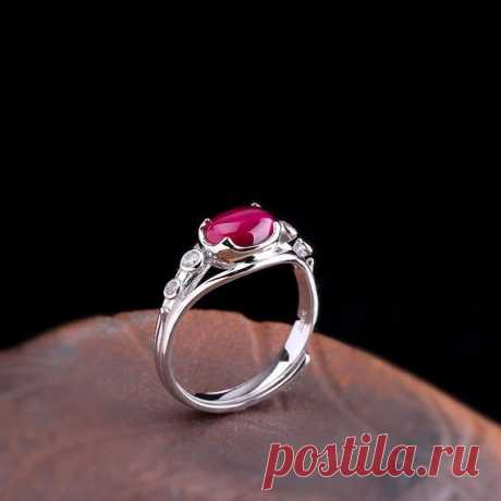 Red Corundum Inlay Ring / 925 Silver Open Ring / Wedding Ring / Fresh Lady Solitaire Rings/Girlfriend Gift Product Details:  Material: 925 silver, red steel jade  color: red  Shape: ellipse  Size: red corundum length: 8, width: 6mm.  Weight: 2.9 grams  Translucent: translucent  Symbol: Good luck to you