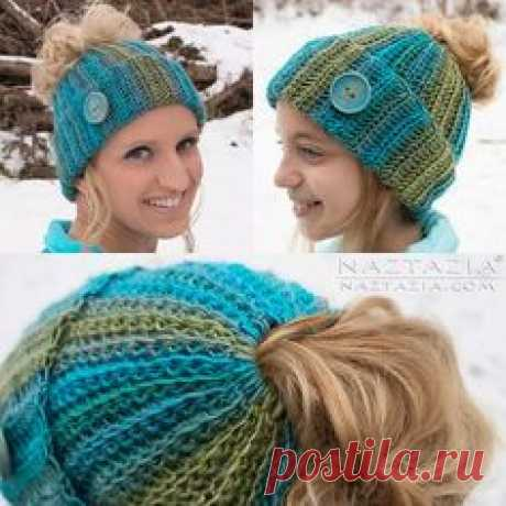 Ribbed Bun Hat, free pattern by Naztazia. Very easy - worked flat in SCBLO for ribbed look, then seamed. Top is crocheted around ponytail elastic. Can add a lot of different cute embellishments. #crochet #beanie