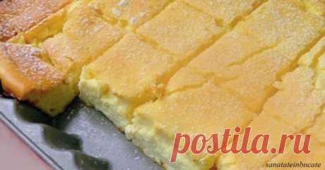 Просто смешайте все в одной миске и поставьте в духовку. Этот торт станет вашим любимым!   И недорого. Представляем вашему вниманию нежный творожный десерт. Воздушность и легкость — главные достоинства этого пирога, пишет Sanatate in Bucate. От него сложно оторваться. Его можно приготовит…