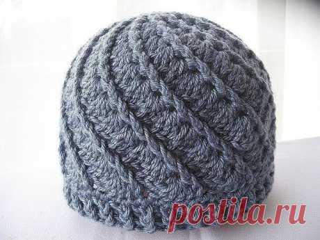 Спиральная шапочка крючком