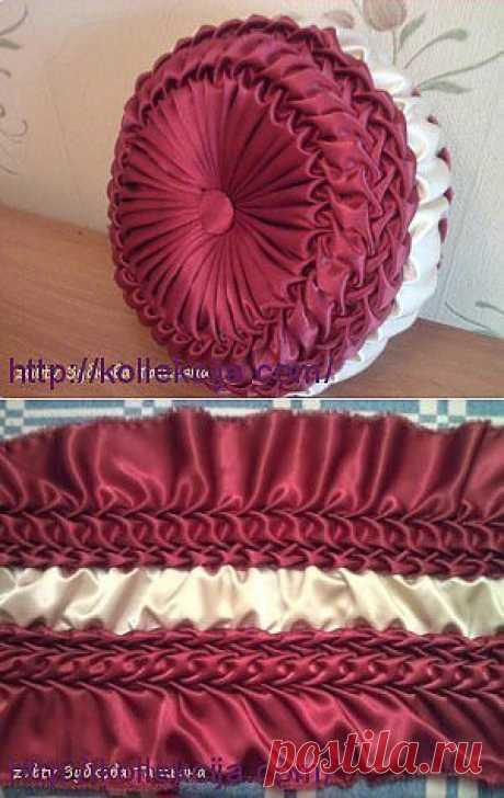 Круглая подушка в технике буфы | Своими руками