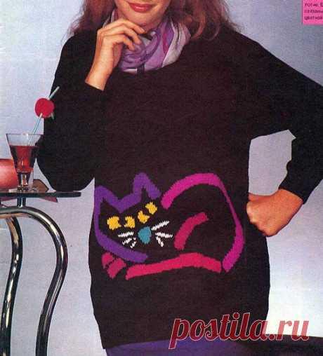 Пуловер с котом Вязаный спицами в технике интарсия пуловер, перед украшен стилизованным котом. Описани