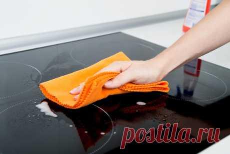 Чем чистить индукционную плиту: эффективные средства