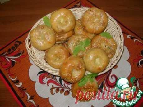 Слоистые мини-пирожки с капустой, яйцом и зеленью - кулинарный рецепт