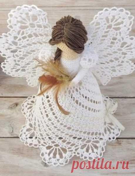 Los esquemas de la labor de punto de los ángeles por el gancho - la anotación del usuario Natalia (Natalia) en la comunidad el Mundo del juguete en la categoría los juguetes Tejidos. Las Clases maestras, el esquema, la descripción. Los esquemas de la labor de punto de los ángeles kryuchkomvoshititelnye y los ángeles tiernos navideños son vinculados por el gancho. Los angelitos tejidos es posible regalar a los próximos para la Navidad de Jesucristo o adornar con ellos el interior de la sala.