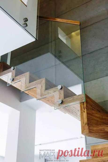 Лестницы, ограждения, перила из стекла, дерева, металла Маршаг – Лестница с ограждением самонесущим