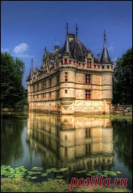 Azay le Rideau, France | The Mystique of France