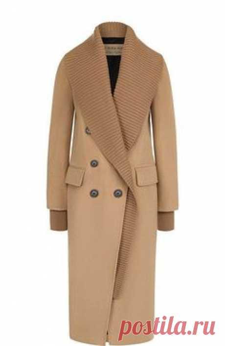 Двубортное кашемировое пальто с карманами Burberry, бежевого цвета, арт. 4057542 в ЦУМ | Фото №1