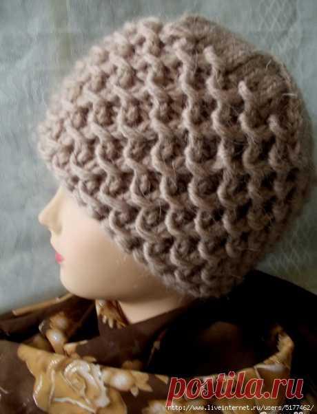 Зимняя шапочка \узор с обвитыми петлями\