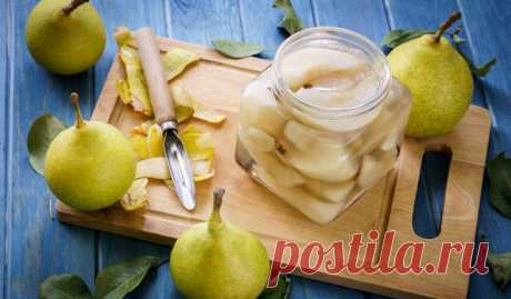 Маринованные груши с имбирём и апельсином Сочные фрукты порадуют вас своим вкусом и ярким ароматом. Подать их к столу можно, например, с домашней выпечкой или мороженым.