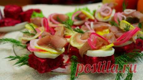 ЧТО-ТО НОВЕНЬКОЕ на новогодний стол! ТРИ вкусных салата из обычной СЕЛЁДКИ