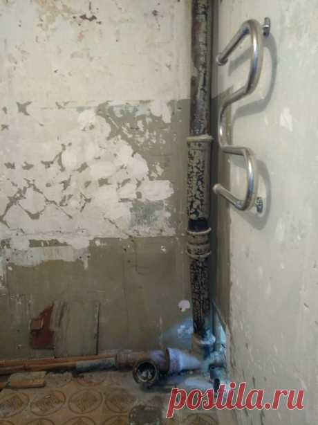 Замена труб в санузле и кухне или как переклейку обоев превратить в капитальный ремонт