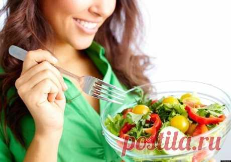 СУПЕР-ДИЕТА!  -6 кг за неделю Данная диета состоит из 7-ми разгрузочных дней. Итак: 1-й день. 400 г гречки, запаренной на воде; 250 мл молока; 450 мл зеленого чая. 2-й день. 500 г творога; 500 г зеленых яблок, лучше запеченных. 3-й день. 500 г риса; 1,5 л томатного сока без соли. 4-й день. 400 г рыбы; зеленые овощи. 5-й день. 400 г гречки, запаренной на воде; 250 мл молока; 450 мл зеленого чая. 6-й день. 300 г отварного мяса, предпочтительно телятины; 1 кг зеленых овощей....