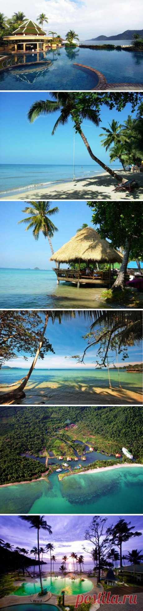 Один из самых красивых островов Таиланда с его длинными белыми песчаными пляжами, где всегда можно уединиться. Великолепное место для того, чтобы плавать, нырять и заниматься пешим туризмом. Ко Чанг, Таиланд