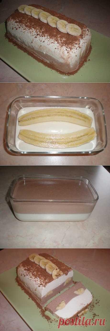 Очень вкусный, творожный десерт с бананом.