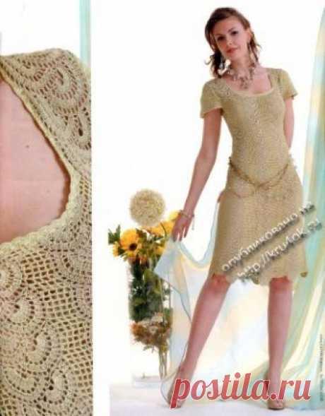 Оливковое платье в технике ленточного кружева