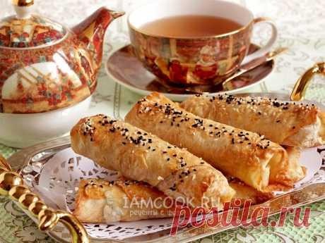 Лавашевые трубочки с картошкой придутся по душе взрослым и детям, могут быть легким перекусом или быстрым завтраком.