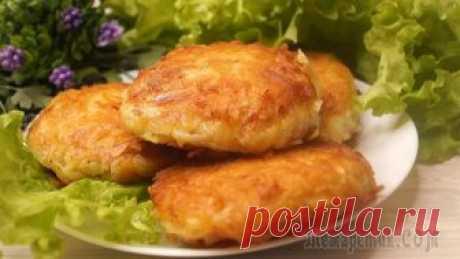 Это так вкусно и быстро! Обязательно приготовьте рыбу по этому рецепту! Рыба в картофельном кляре. Хрустящая картофельная корочка, рыбка очень сочная, нежная и очень вкусная. Рыба подойдет любая. Готовится очень быстро и просто. Обязательно порадует всех членов вашей семь...
