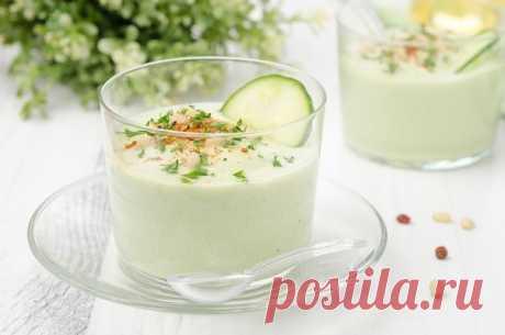 Проще простого! Холодный суп из огурца и авокадо — Готовим дома