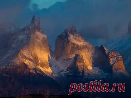 Горы в Чили, Анды. Удивительные формы, просто фантастический пейзаж...