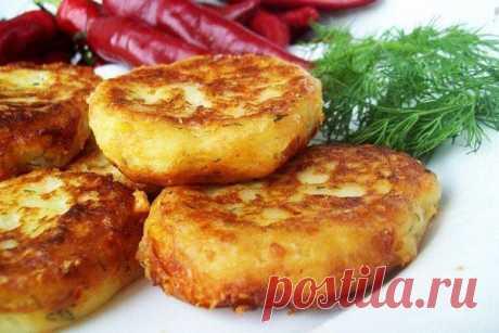 Como preparar las croquetas magras de las patatas:: las Recetas de cocina