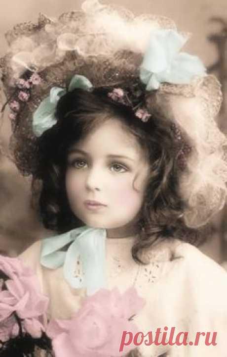 JanetK.Design Free digital vintage stuff: Oude foto's kinderen