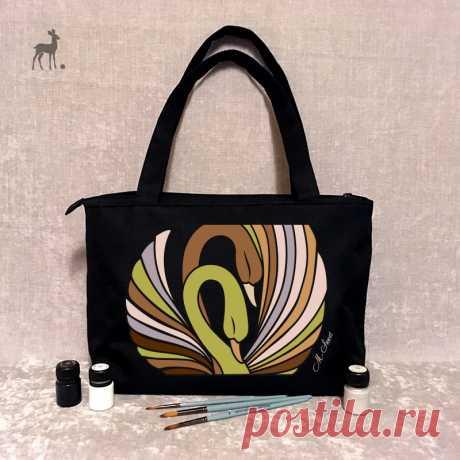 Стильная сумка – яркий образ! Если вы мечтаете о стильной, уникальной сумке, которая идеально подчеркнет ваш характер, впишется в любой современный образ, добавит общему ансамблю нотки оригинальности, то M-Sweet– тот бренд, который вам нужен!