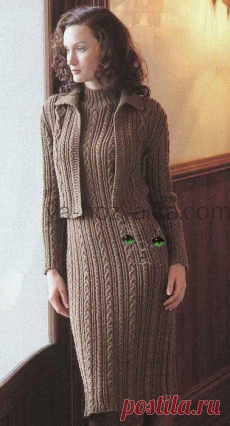 Тёплое платье спицами схемы бесплатно. Схема вязания женского зимнего платья. Тёплое платье с аранами и жакетом. Схема вязания женского зимнего платья. Дополняет платье короткий вязаный жакет