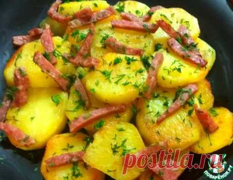 Сливочный картофель с копченой колбасой – кулинарный рецепт