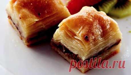Пахлава с кислым яблоком и грецкими орехами Как сделать рецепт пахлавы с кислыми яблоками и грецкими орехами? Кислое яблоко и пекан пахлава рецепт приготовления, кислые яблоки и пекан пахлава трюки и шаг за шагом объяснения на столе!