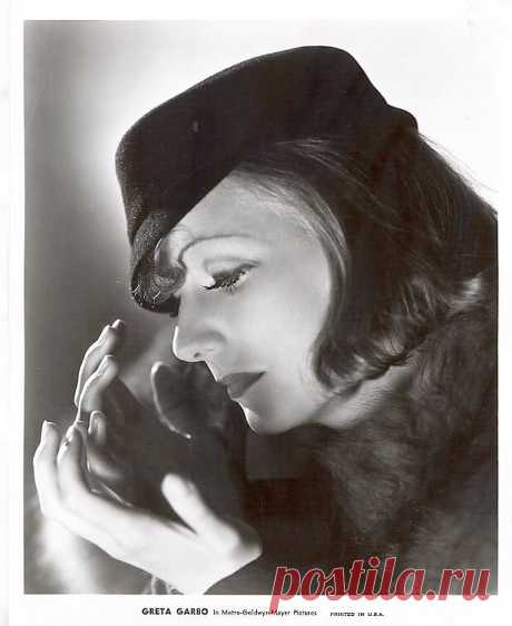 Greta Garbo in Grand Hotel by Clarence Sinclair Bull (MGM, 1932)