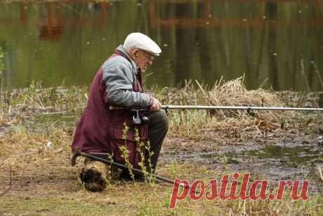 Дедовские методы ловли рыбы: эффективные, но забытые… Вы когда-нибудь слышали про ловлю рыбы на пуговицу? На жареный песок? А на кирпич? Известно ли Вам, что такое подводный венок или на какие наживки ловили рыбу эдак 70 – 100 лет назад. А ведь наши деды были рыболовами ни чуть не хуже, чем современные любители порыбачить, если не лучше.