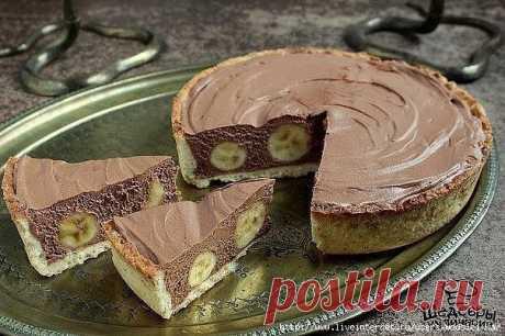 Торт с бананами и шоколадным муссом
