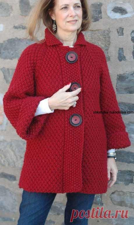 Пальто с рисунком двойной рис. Женское пальто спицами описание
