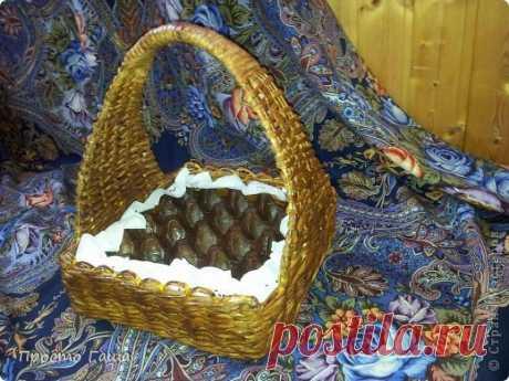 Готовимся к Пасхе. Плетем корзинку для пасхальных яиц.