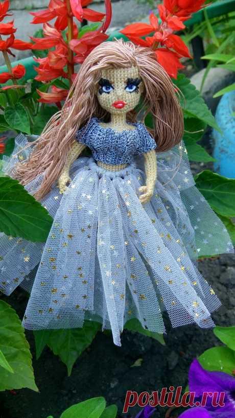 Моя авторская каркасная куколка Даша.