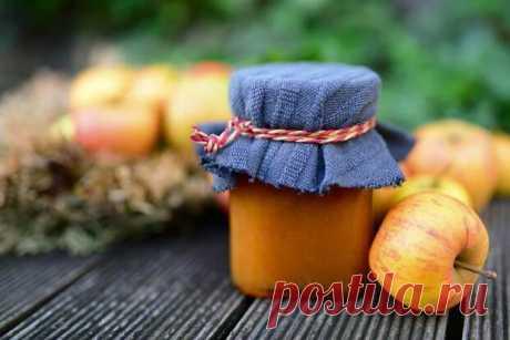 Яблочный джем на зиму — простой рецепт - Swjournal - медиаплатформа МирТесен В этом осеннем угощении, которое наполнит ваш субботний день домашним теплом, сочетаются ароматы яблок, коричневого сахара, корицы и мускатного ореха. И наверняка этот простой и полезный десерт по домашнему рецепту очень скоро станет обязательной сладкой частью вашего завтрака. Как приготовить джем
