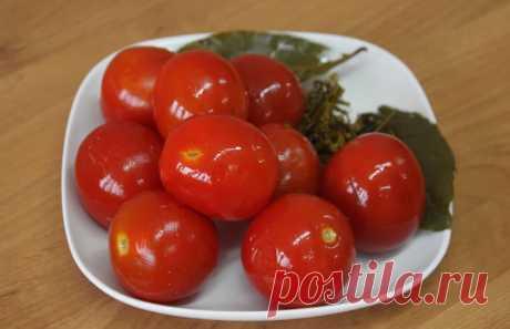 Квашеные помидоры быстрого приготовления Помидоры будут готовы примерно через 4 дня при комнатной температуре Ингредиенты: 1...